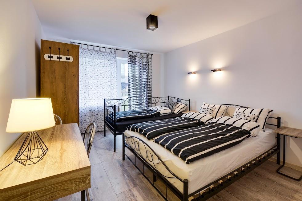 Pokój 1-3 osobowy z łązienką i balkonem